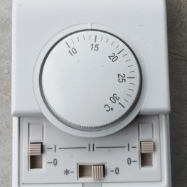 Turntable Thermostat Fan-coil Control Unit